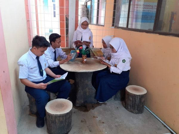 OSIS SMP Karang ARum