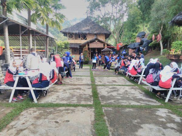 Tadabur Alam SMP Karang Arum